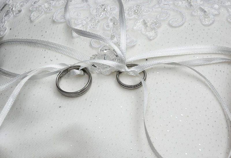 wedding-rings-1578187_960_720